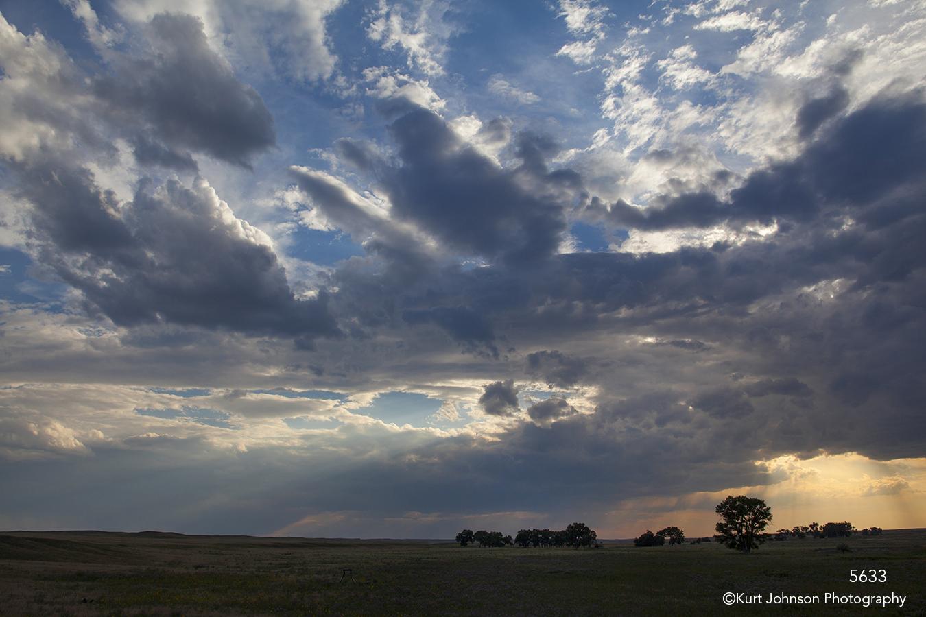 landscape clouds light fields sunset