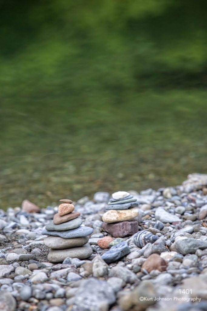 waterscape rocks water green shore