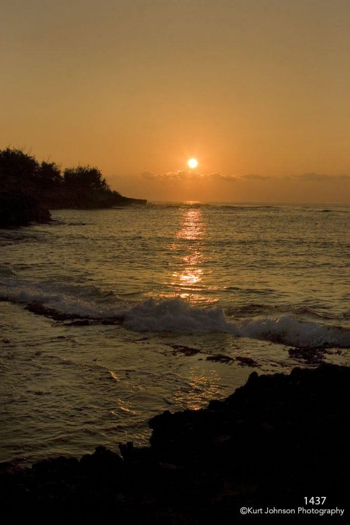 waterscape landscape sunset orange ocean shore hawaii