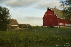 landscape barn grasses rural midwest