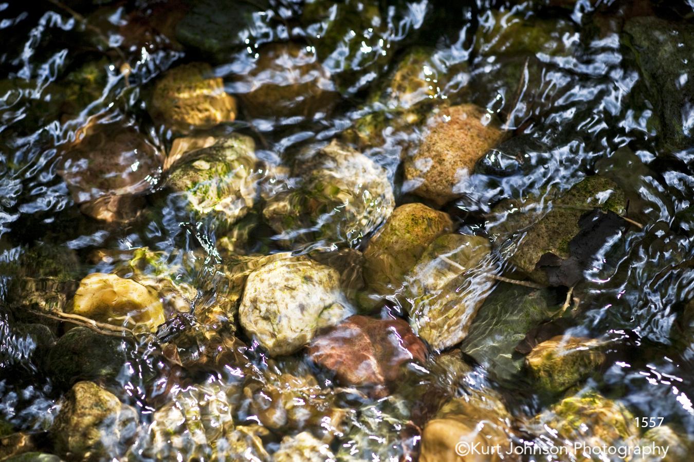 texture water earthtones rocks waterscape