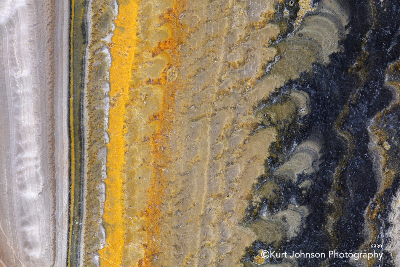 yellow beige tan sand texture lines pattern geode