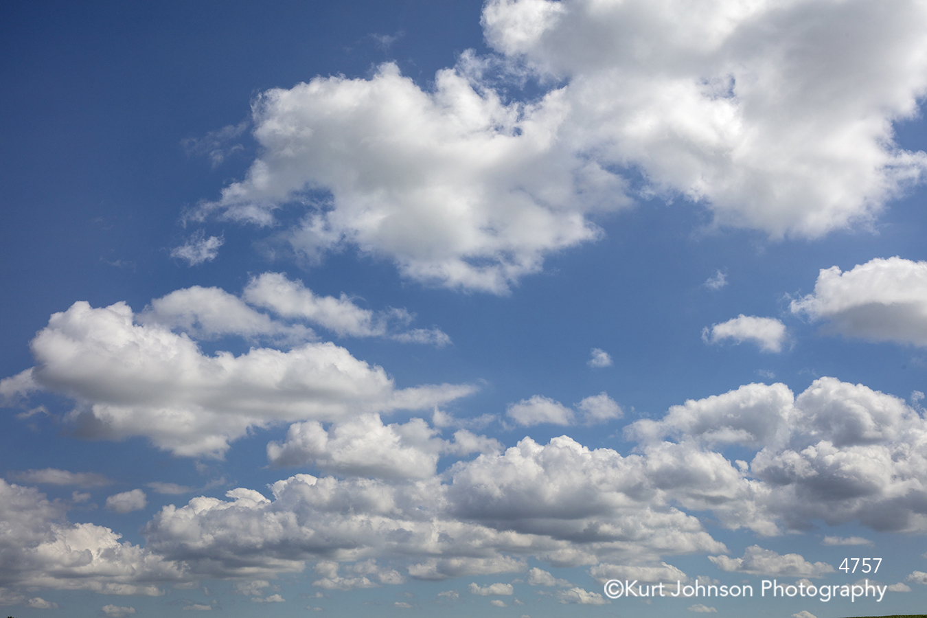 blue sky white clouds texture pattern