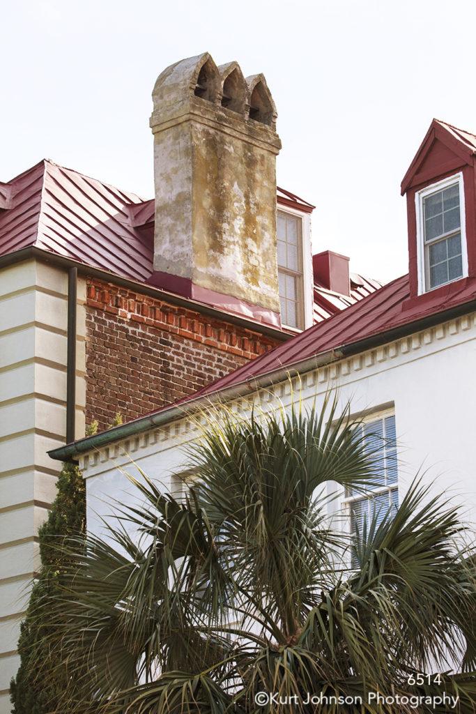 southeast Charleston South Carolina green palm tree red brick architecture city