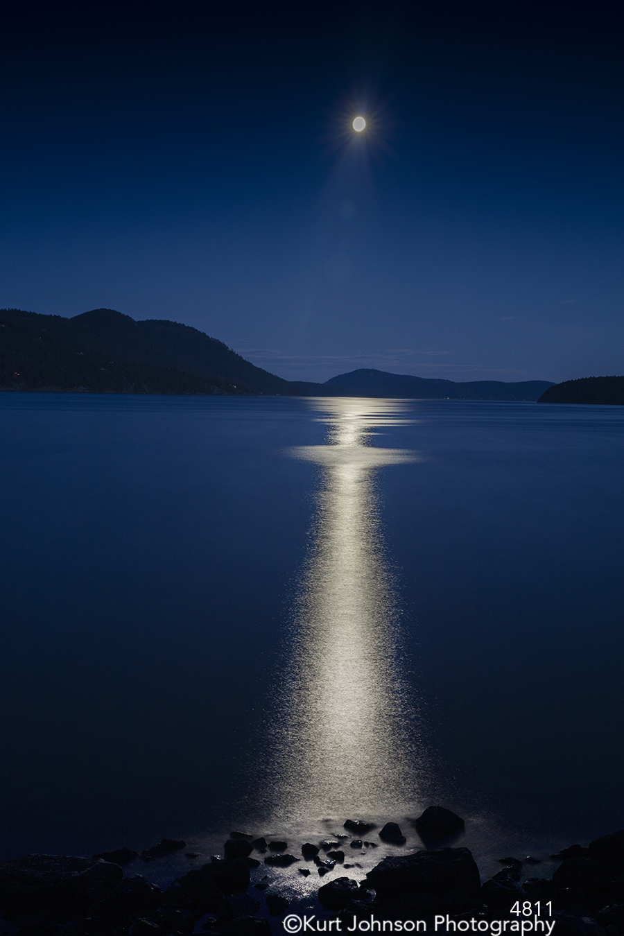 waterscape water blue night moon reflection pacific northwest rocks stones mountains