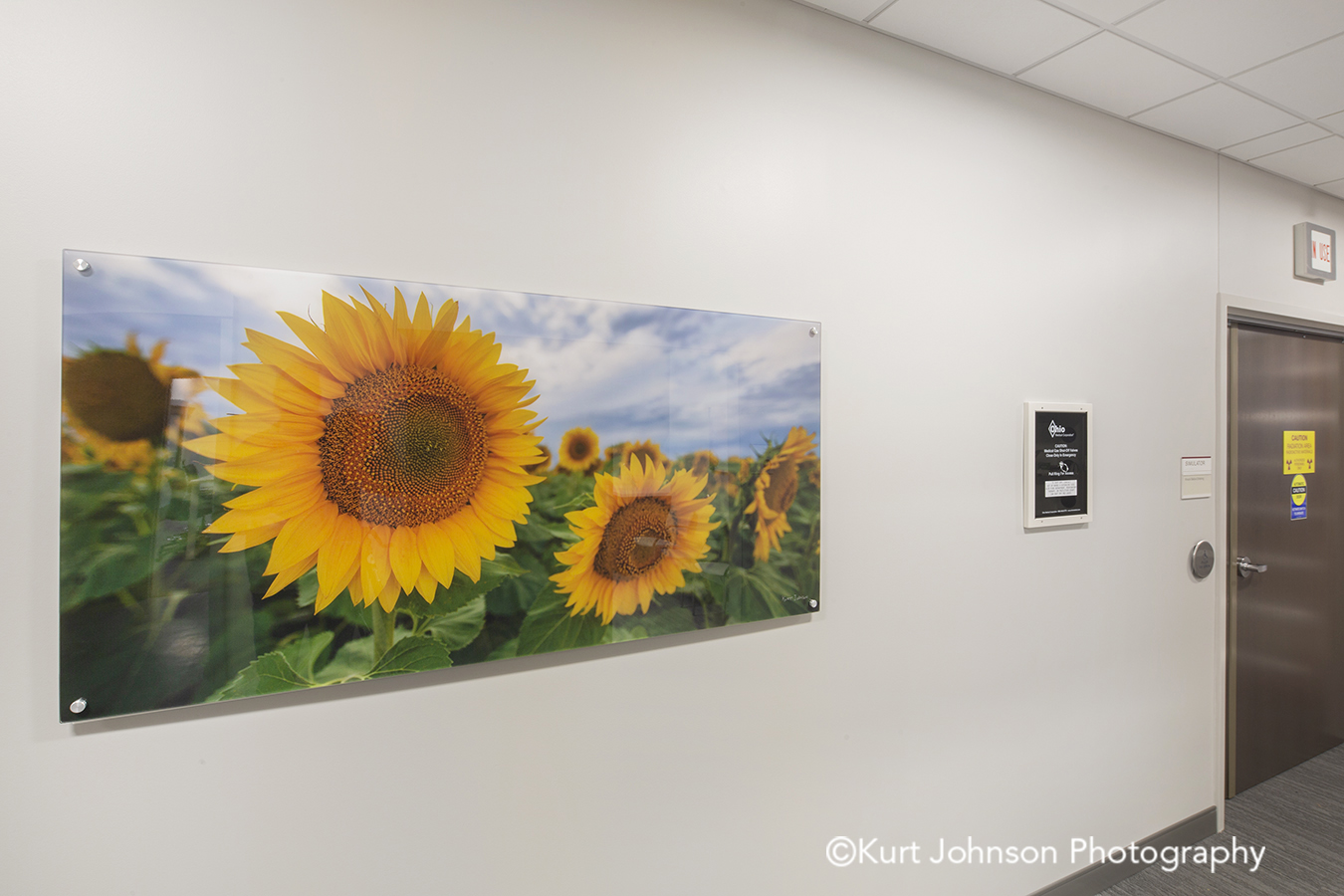 acrylic panel install healthcare installation CHI St Saint Francis Grand Island Nebraska clinic cancer treatment hallway corridor