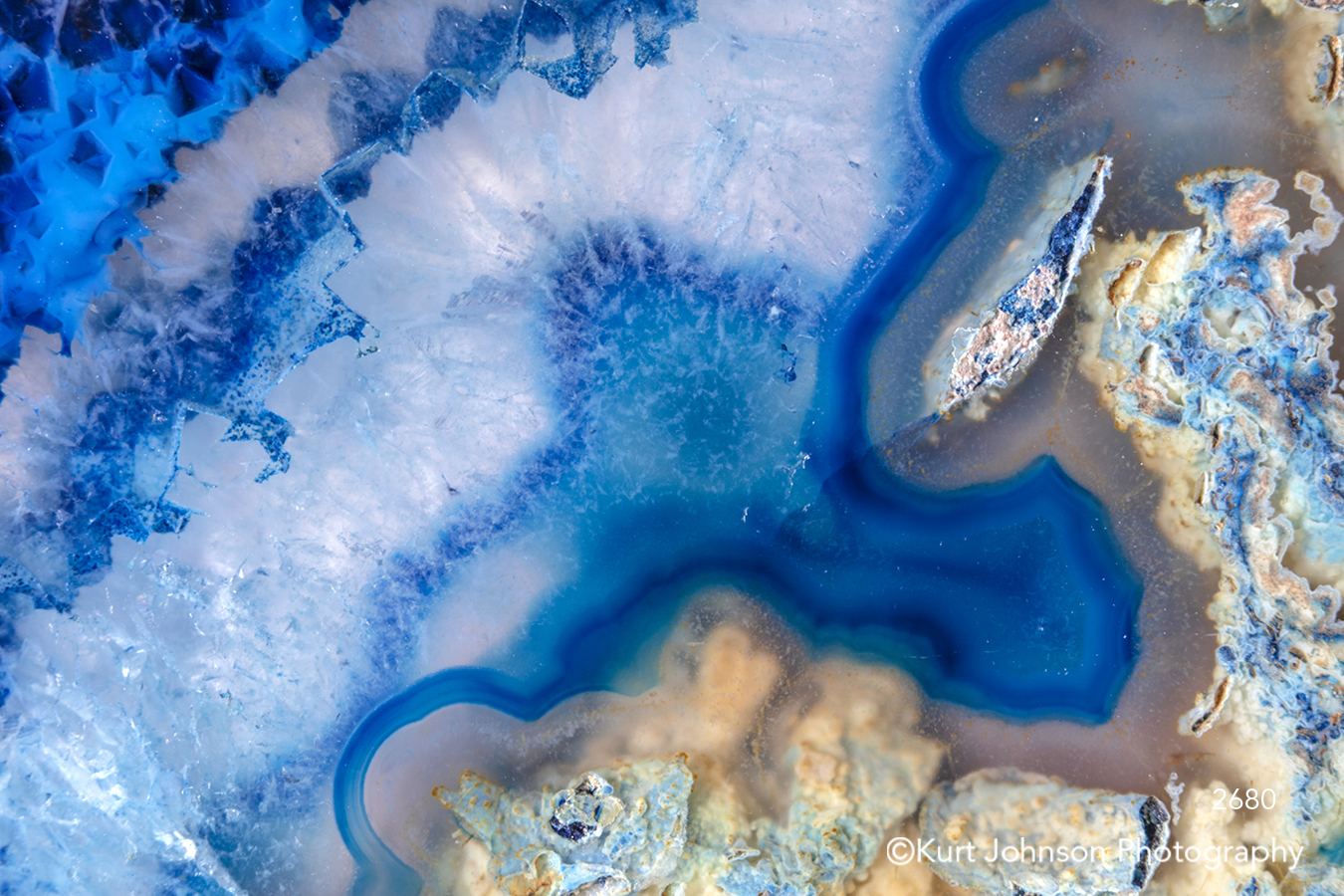 blue white rock crystal geode texture agate close up detail pattern modern textures