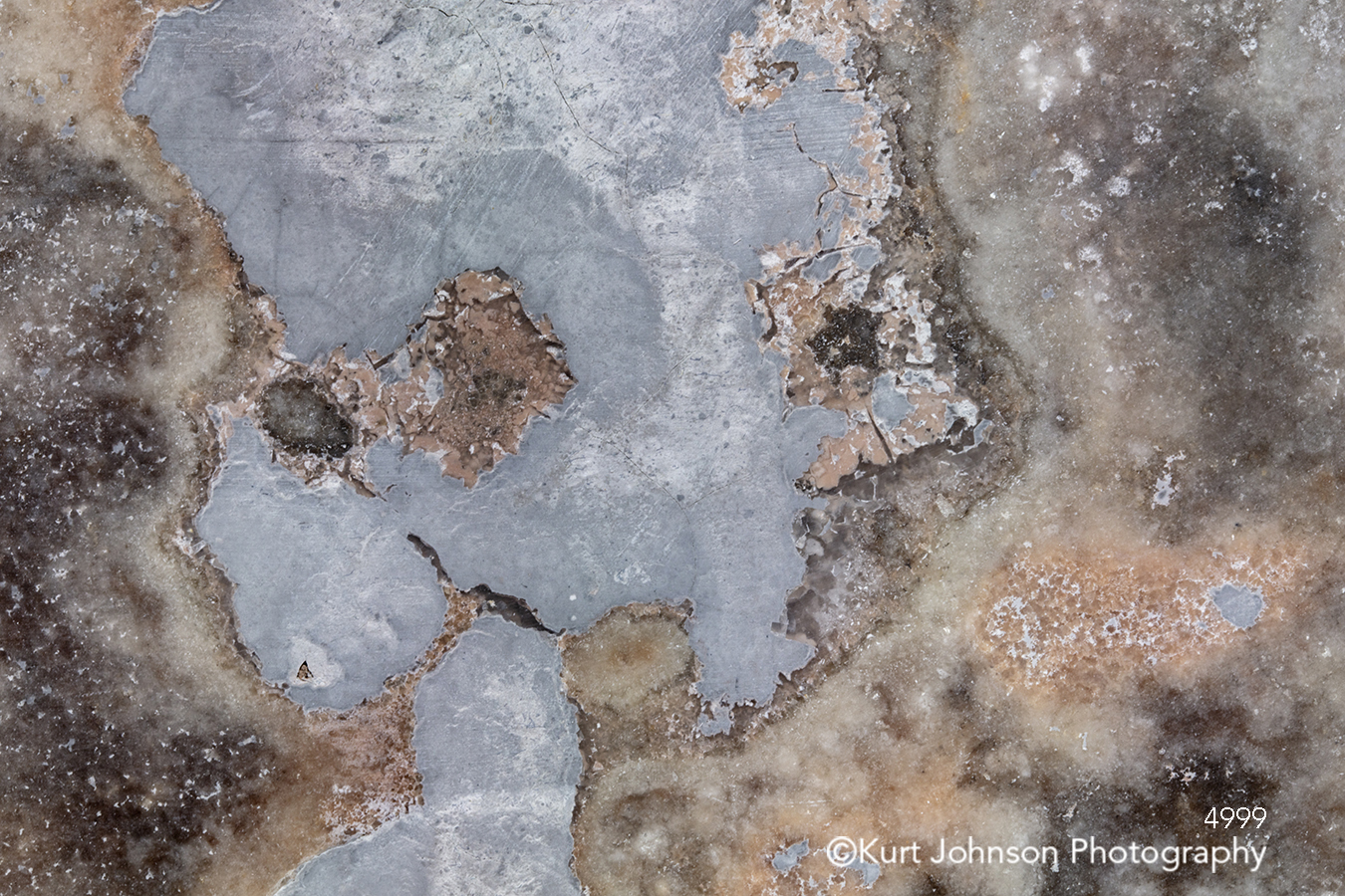 white brown crystal agate geode close up detail rock stone texture pattern textures